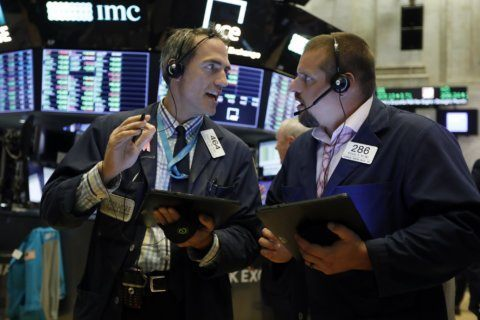 US stocks fall sharply as US-China trade war escalates