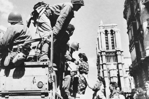 AP Was There: Allied forces liberate Paris from Nazis