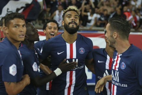 Surprise striker stars in PSG's 4-0 win but still no Neymar