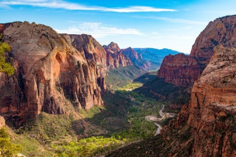 3 people were injured after a large piece of rock broke off a mountain and fell in Utah's Zion National Park