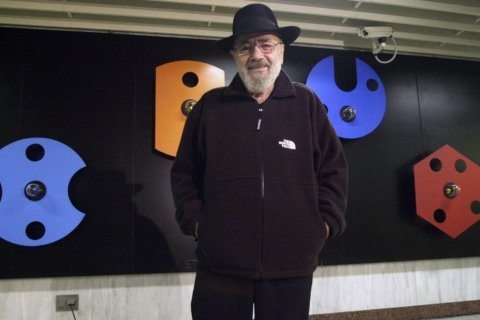 Greek sculptor Takis, known for kinetic artworks, dies