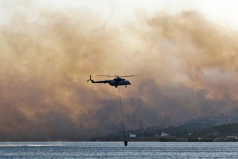 Wildfires burning across Greece; 2 arrested for arson