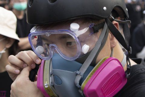Die-hard Hong Kong protesters defend tactics as unity cracks
