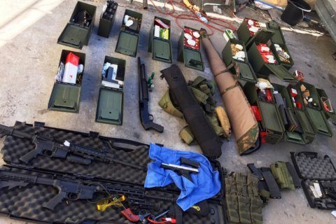 Man with arsenal allegedly threatened hotel mass shooting