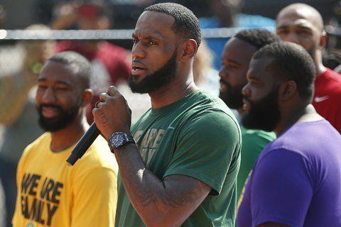 King's court: LeBron dedicates court at his hometown school