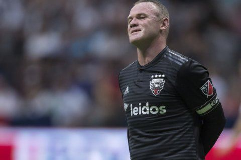 United's Rooney suspended additional game for blow to head