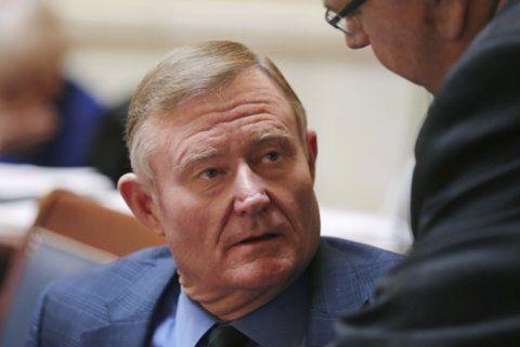 Utah moves to scrap state-run pot dispensary system