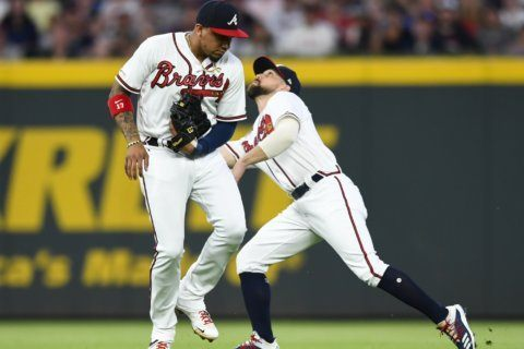 Braves jump on Seth Lugo for 5 runs in 7th, beat Mets 6-4