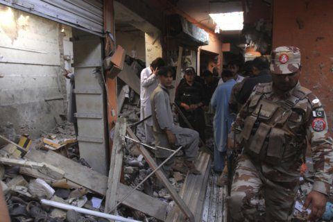 Officials: Shiite killed, 13 wounded in SW Pakistan bombing
