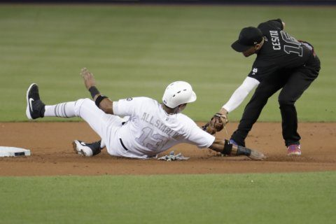 Marlins pound the zone to beat Phillies, 3-2