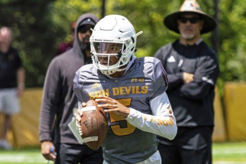 Analysis: Arizona State, Auburn, UNC to rely on frosh QBs