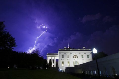 Thunderstorms rolling into DC area may bring damaging winds