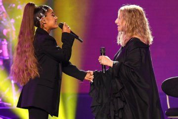 Ariana Grande left sobbing over her live duet with Barbra Streisand