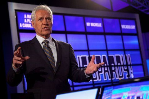 What is a comeback? Done with chemotherapy, Alex Trebek returns to 'Jeopardy!'