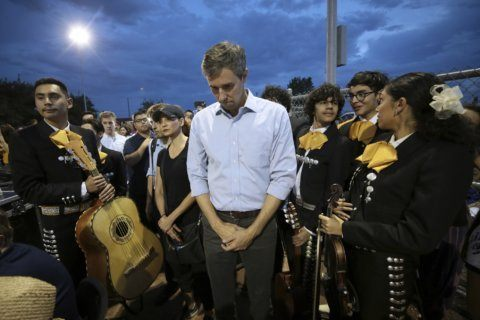 O'Rourke says he supports national gun licensing program