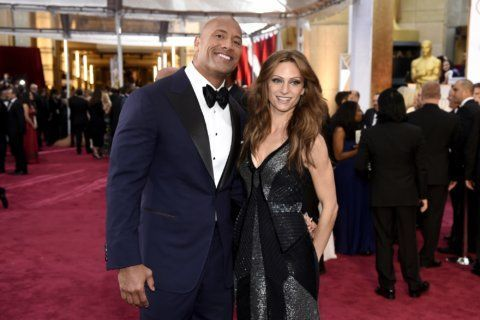 'The Rock' announces wedding on Instagram