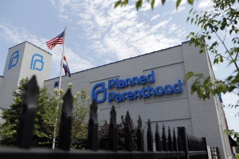 Planned Parenthood sets exit from family planning program