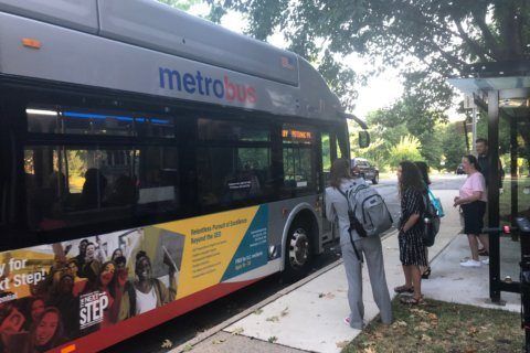 Metro believes frustrated riders will return when shutdown ends