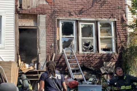 Prosecutors to look into fatal DC fire at unlicensed apartment building