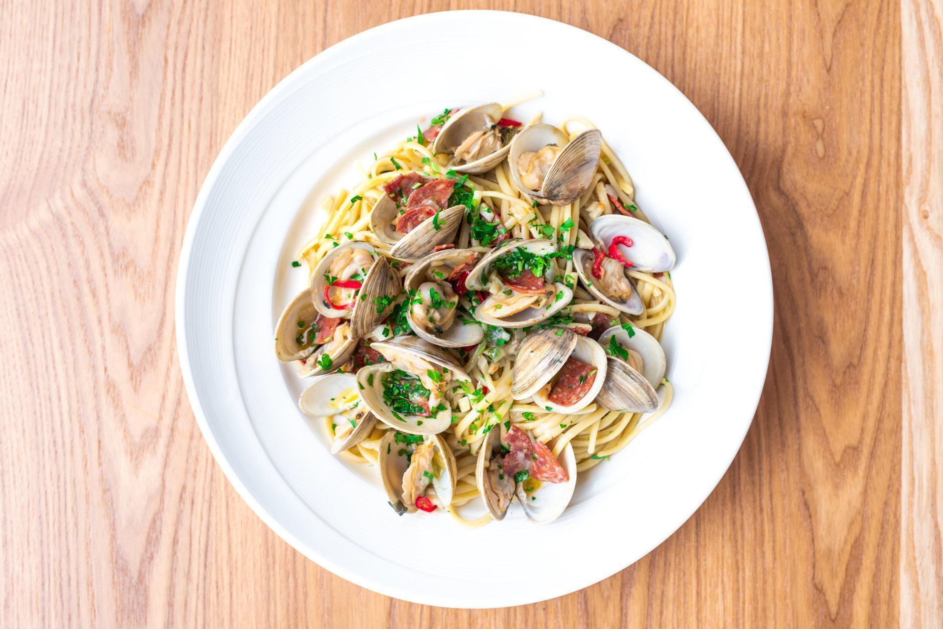 Linguine clams at Thompson Italian