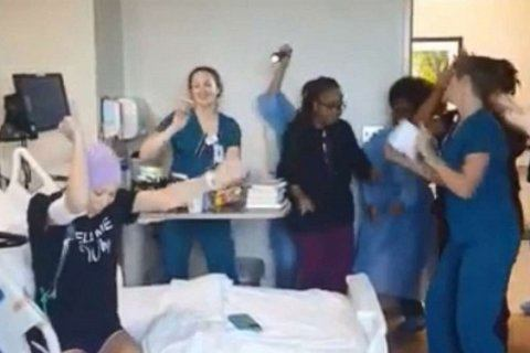 Nurses sing Backstreet Boys songs to cancer patient who missed concert due to diagnosis