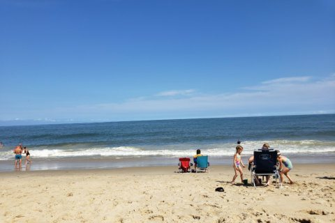 Man swimming at Ocean City dies after he's hit by large wave