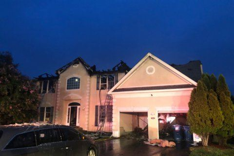 Ashburn fire displaces 5, causes $750K in damage