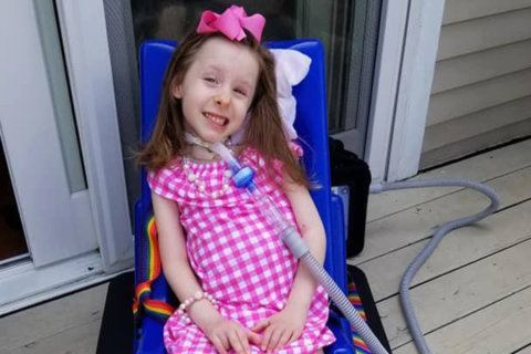 After rare polio-like disease strikes, Severna Park family rallies to help their daughter