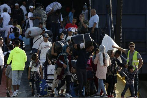 Mainland bound: Greece moves migrants out of island camps