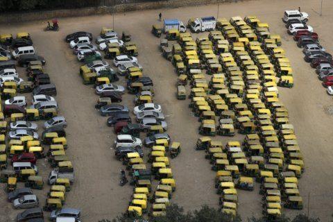 Public transport drivers strike in Delhi over higher fines