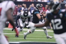 <p><em><strong>Jaguars 12</strong></em><br /> <em><strong>Texans 13</strong></em></p> <p>Gardner Minshew actually played more like Deshaun Watson than Deshaun Watson did, and might have stole one in Houston if Leonard Fournette could reclaim his rookie form. Jacksonville is wasting one of the best defenses in the league.</p>