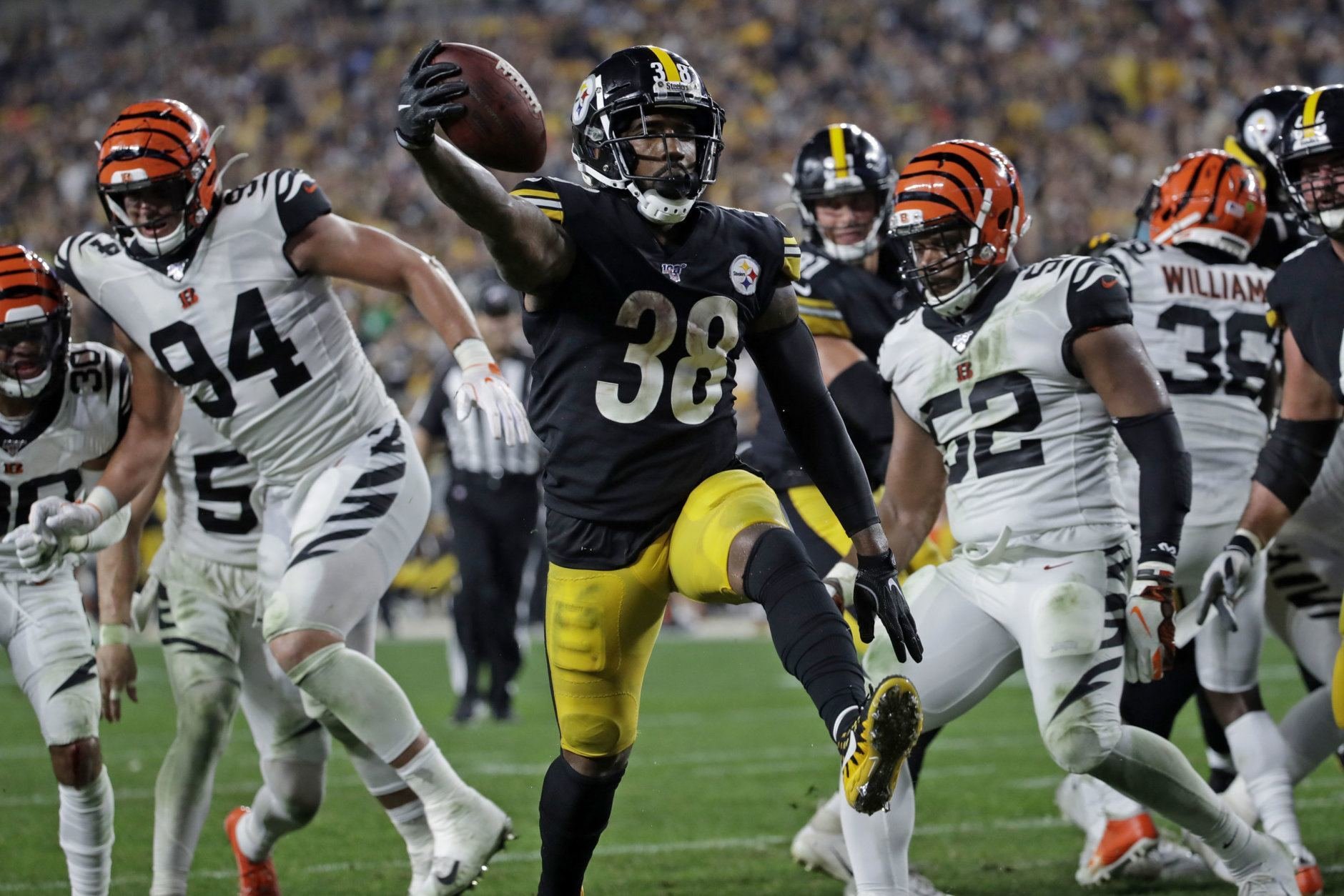 <p><b><i>Bengals 3</i></b><br /> <b><i>Steelers 27</i></b></p> <p>From winless to just a game out of first place in the AFC North &#8212; crazy how much changed for Pittsburgh in just a week.</p> <p>In the 100th meeting between these division rivals, the Steelers returned to form by getting more than twice as many sacks (8) as points allowed and Jaylen Samuels became the second player since 1970 to notch three completions, three catches and three rushes in a single game. They&#8217;ll need another effort like this next week to knock off the arch-rival Ravens.</p>