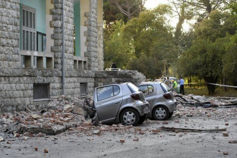 Quake with preliminary magnitude 5.8 quake strikes Albania