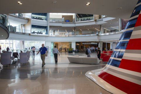 Thousands working at new American Airlines home in Texas
