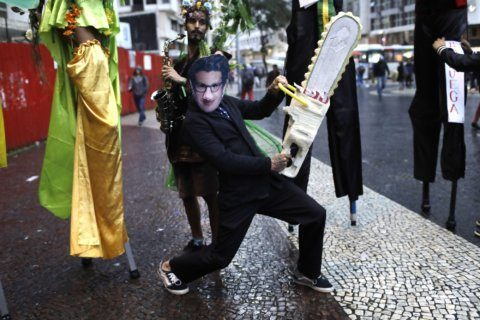 In Rio, protest in defense of the Amazon turns political