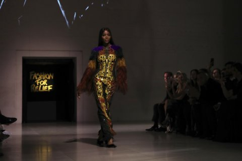 Model Naomi Campbell takes spotlight at London Fashion Week