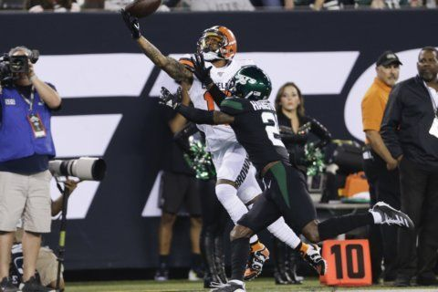 Beckham puts on show in MetLife return, Browns top Jets 23-3