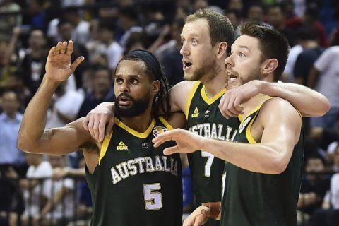 Australia tops Czechs 82-70, heads to World Cup semifinals