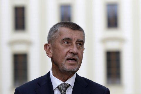 Czech prosecutors drop fraud charges against Czech PM