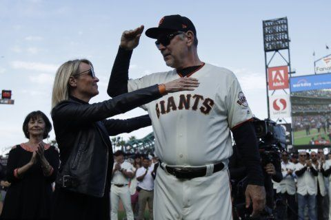 Giants face busy offseason finding Bochy's replacement