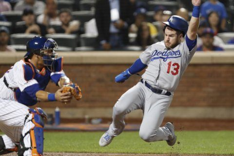 Gyorko, Dodgers damage Mets' chances with 3-2 comeback win