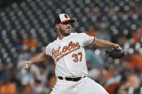 Hill struggles in return as Dodgers rally past Orioles 4-2