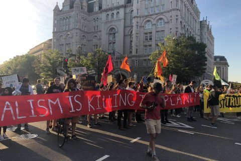 Shut Down DC climate march causes rolling road closures