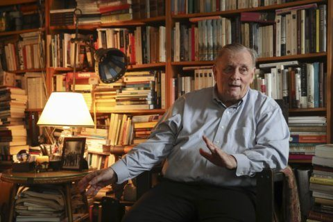 Edmund White to receive honorary National Book Award