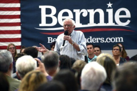 Sanders to take a break from campaigning to rest his voice