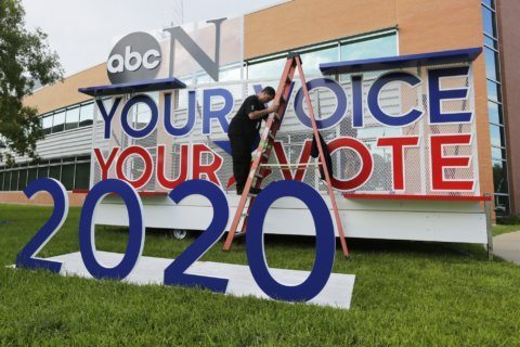 7 questions heading into 10-candidate Democratic debate