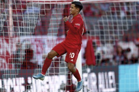 Coutinho scores his 1st Bayern goal in 4-0 rout of Cologne
