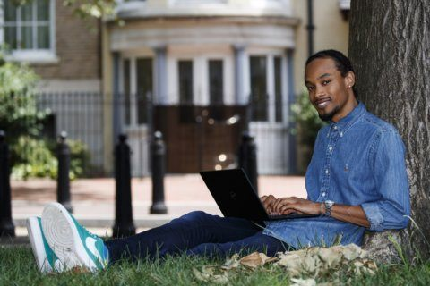Niche home-sharing sites roll out welcome mat for minorities