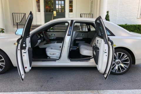 Car Report: The Rolls-Royce Ghost is a driveable sedan at the height of luxury
