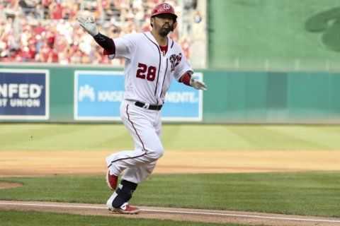 Nats top Indians 8-2, head to playoffs on 8-game win streak
